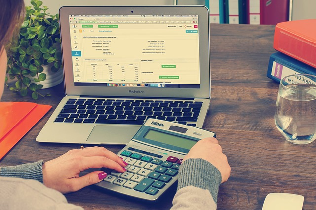 3-reasons-you-should-hire-an-accountant-for-your-small-business